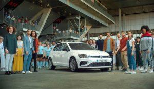 Volkswagen apela al carácter único de su legendario Golf en este anuncio