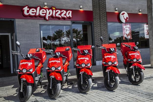 Flota Motos eléctricas Telepizza 01