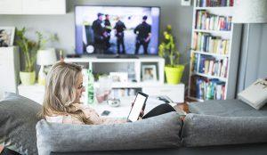 El consumo diario de televisión y servicios de streaming ha crecido en España un 33,4% durante el confinamiento