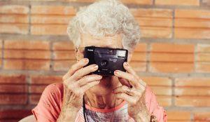 Los usuarios mayores de 55 años están más conectados digitalmente de lo que se piensa