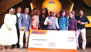 Iya Traoré, conquista el primer puesto en la final europea del primer concurso de talentos Ria Talent Fest, obteniendo 15.000 euros