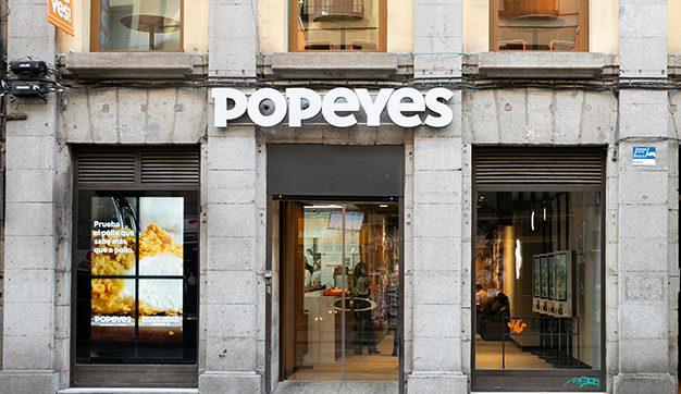 Popeyes, la cadena de pollo frito de Luisiana aterriza en nuestro país