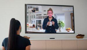 Facebook une a Kim Kardashian y J.Lo para promocionar sus dispositivos Portal