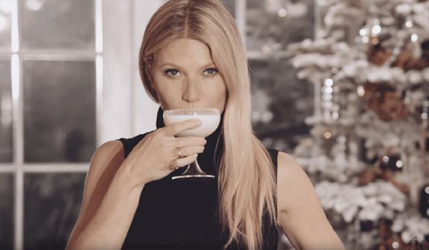 Gwyneth Paltrow se autorregala un vibrador en el anuncio navideño de su marca