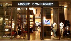 Adolfo Domínguez recorta un 32,7% sus pérdidas en el periodo que va hasta noviembre
