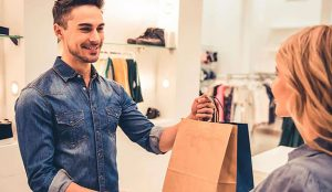 La atención y el servicio al cliente son elementos clave a la hora de comprar