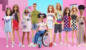 Barbie Fashionista sigue apostando por la diversidad y lanza una muñeca calva y otra con prótesis en la pierna