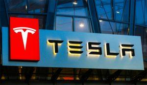 Tesla cierra 2019 con récord en ventas