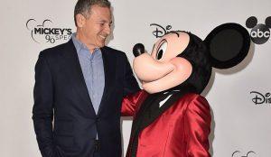 Bob Iger dimite como CEO de Disney