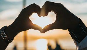Lo más buscado por los usuarios en San Valentín: apps para encontrar pareja y marcas de bombones