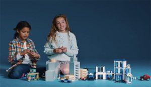 LEGO crea un tráiler de una película de mentirijllas nacida de la salvaje imaginación de los niños