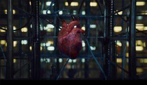 Este surrealista spot de PlayStation pondrá su corazón de