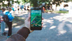 Pokemon Go se actualiza para que los jugadores puedan seguir cazando desde casa