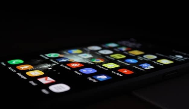 Google y Facebook siguen dominando la publicidad en aplicaciones móviles