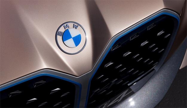 BMW levanta el telón de un nuevo logo para inaugurar una nueva era