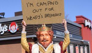De cuando Wendy's troleó a McDonald's y Burger King por el lanzamiento de sus desayunos