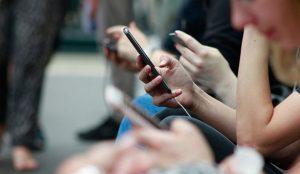 Los juegos en línea, uno de los nuevos hábitos de consumo de la sociedad