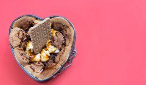 Los productos de indulgencia siguen siendo líderes en la cesta de la compra de la cuarentena