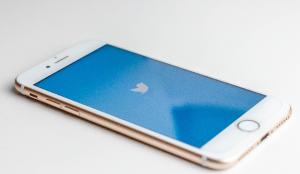 Twitter eliminará los tuits que inciten a las personas a participar en