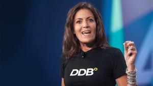 Wendy Clark, CEO global de DDB, deja la compañía y ficha por Dentsu
