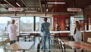 Burger King nos invita a volver a sus restaurantes con nuestro outfit de la cuarentena