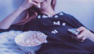 El consumo diario de televisión e internet alcanza máximos históricos en abril por el confinamiento