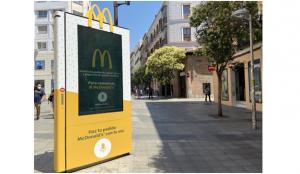 McDonald's lanza los primeros mupis por voz en la vía pública, de la mano de OMD España y Clear Channel