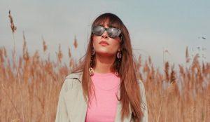 Multiópticas lanza su nueva campaña de gafas de sol de la mano de la cantante Aitana
