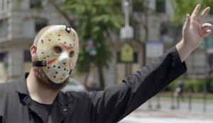 El enmascarado más infame del cine busca imitadores (por una buena causa) en este spot