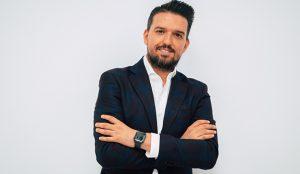 Yeyo Ballesteros, nuevo director de comunicación de Room Mate Group