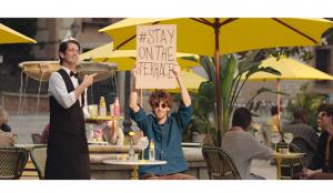 Schweppes anima a alargar los momentos de disfrute en 'Párate a vivir', una campaña internacional a cargo de La Despensa