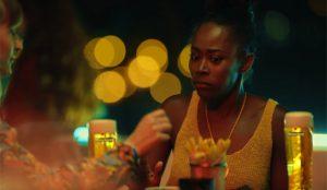 Heineken celebra la nueva normalidad en los bares con resignación impregnada de humor