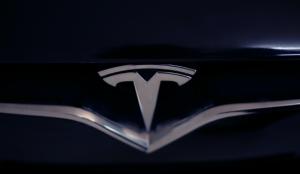Tesla demanda al gobierno de Trump por los aranceles sobre algunas piezas que importa de China