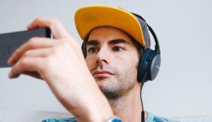 Cada español visualiza de media 13 vídeos al día en internet