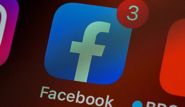 Facebook eliminará los anuncios antivacuna