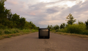 La televisión en septiembre: Telecinco lidera con el 14% y aumenta el número de campañas activas