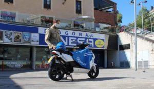 Cine sobre dos ruedas: Cityscoot esconde 300 entradas en sus motos para disfrutar del mejor cine
