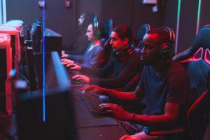 Menos del 5% de las empresas españolas invierte en gaming o e-sports