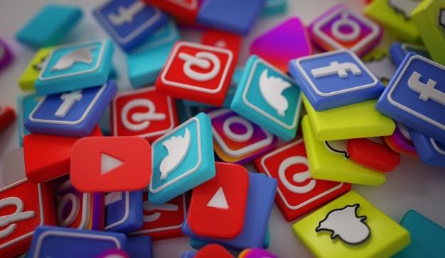 las redes sociales en black friday