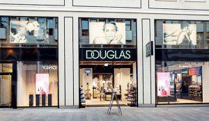 Douglas se perfuma con el seductor aroma de la digitalización