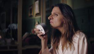 Macarena Gómez y su gigantesca napia protagonizan una campaña viral que ha revolucionado las redes sociales