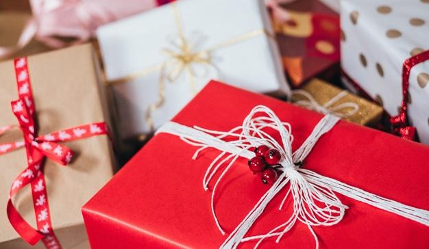 Los españoles gastarán una media de 240 euros en regalos de Navidad