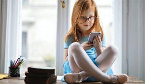 El smartphone arrebata la corona a la TV entre los niños mayores de 10 años