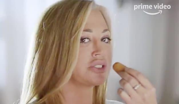 Belen Esteban protagoniza el spot de Navidad de Amazon Prime Video