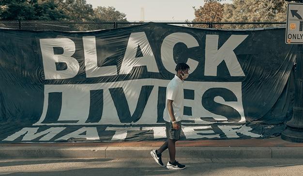 pancarta black lives matter