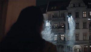 McDonald's traslada el espíritu navideño a través de la nieve a una Polonia confinada