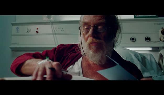 Papá Noel es un paciente de hospital en la campaña The Gift