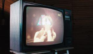 Los españoles pasarán 15 minutos más que en 2019 frente a la televisión los 6 primeros meses de 2021