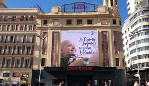 Callao City Lights colabora en la promoción del documental 'La quimio jugando se pasa volando' de la Fundación Juegaterapia