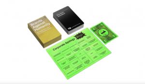 La expansión del juego de cartas 'Cards Against Humanity' con historias de terror reales de marcas de verdad